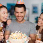 Как поздравить с днём рождения любимого